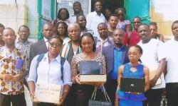 Distribution des ordinateurs PB HEV, don du chef de l'Etat S.E Paul Biya sous la haute direction de Monsieur le ministre d'Etat, Ministre de l'Enseignement Supérieur